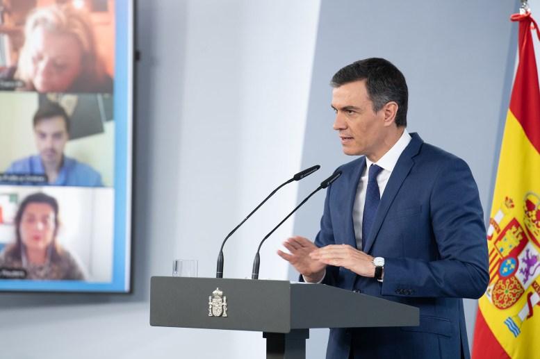 El presidente del Gobierno, Pedro Sánchez, responde a las preguntas de los medios de comunicación, en la rueda de prensa posterior al Consejo de Ministros