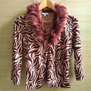 maglia animalier Kookai con collo in ecopelliccia