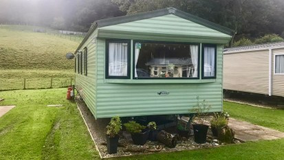 2009 WILLERBY RIO GOLD, 35' x 12', 2 BED – SOLD
