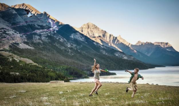 children playing at waterton lakes