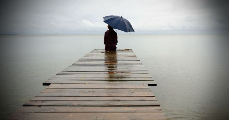 Singurătatea ucide? Iată ce spun cercetările din neurobiologie.