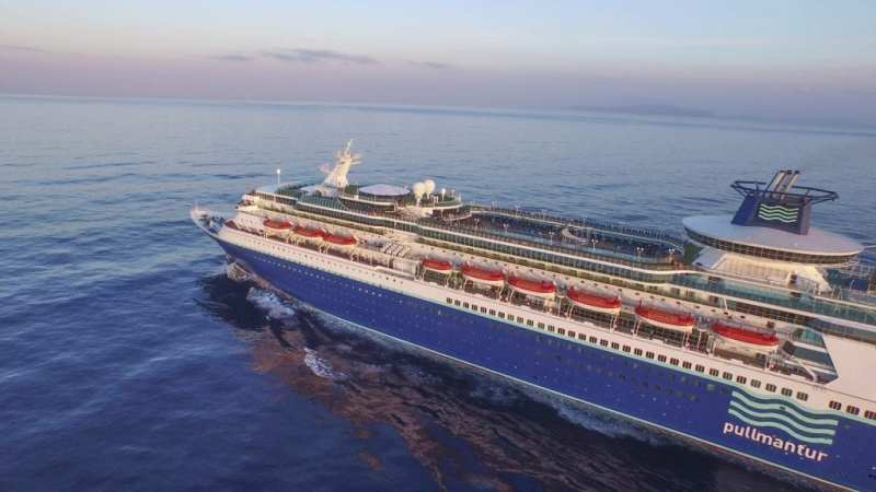Buque Sovereign - ¿Nos vamos de crucero?