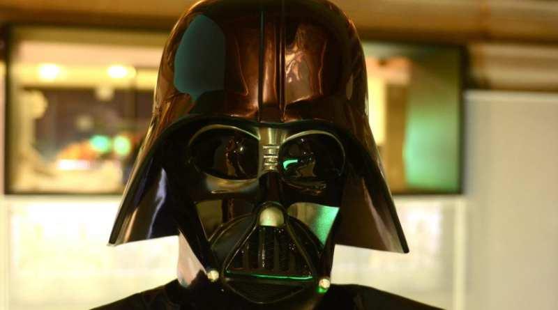 Telefónica presenta la única exposición con piezas originales autorizadas de la colección oficial de Star Wars
