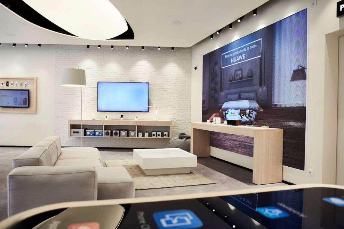 HUAWEI MADRID 0262 - Hoy abre sus puertas el primer Espacio Huawei en Barcelona con regalos para los asistentes