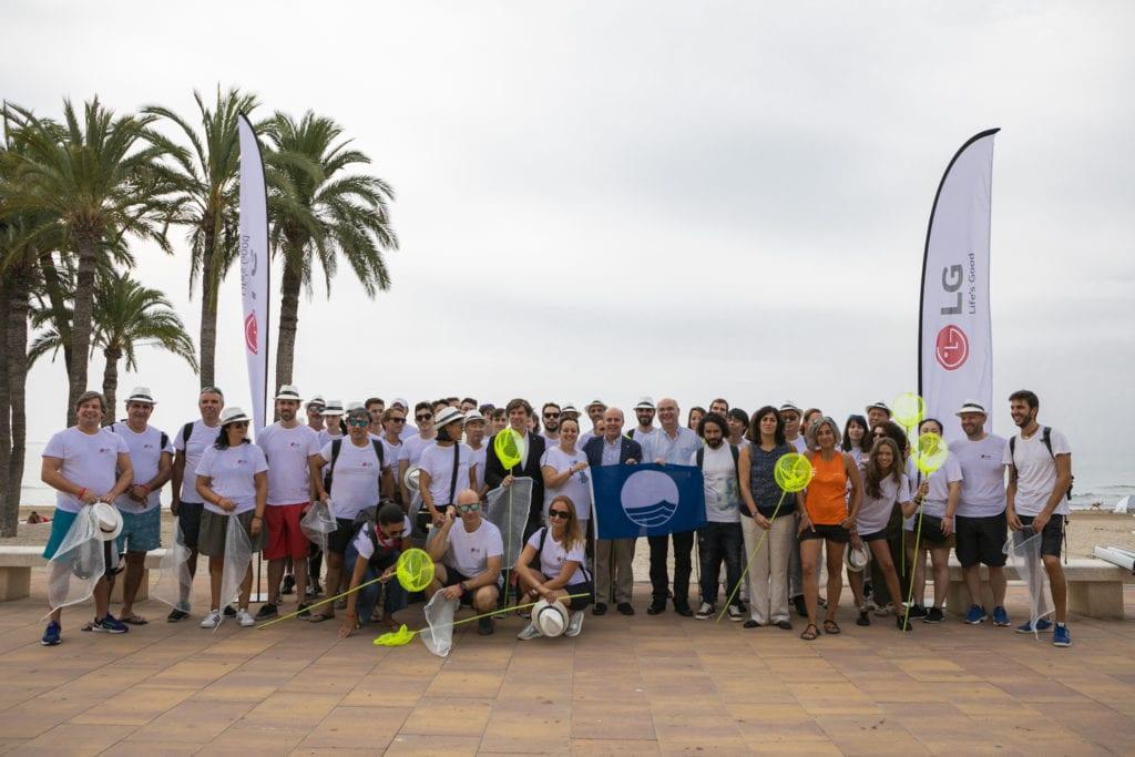 LG Iberia Villajoyosa 1024x683 - LG Iberia ayuda a limpiar el Mediterráneo
