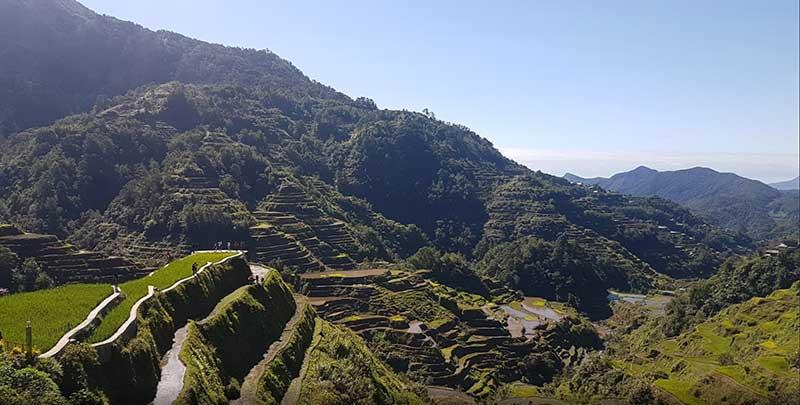 Terrazas de arroz en Banaue - Día Del Orgullo Friki: Visita Con Google Earth Las 10 Localizaciones De Las Películas De Superhéroes Más Famosas