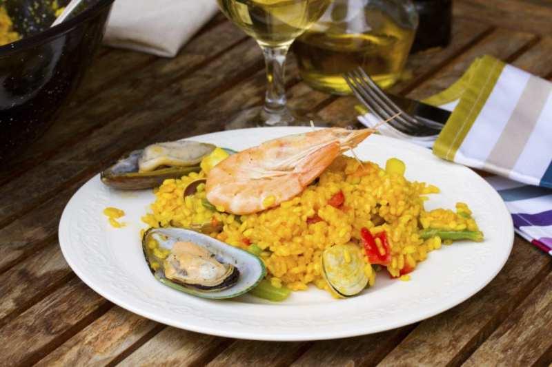 Booking.com lanza los mejores destinos para disfrutar de la mejor gastronomía