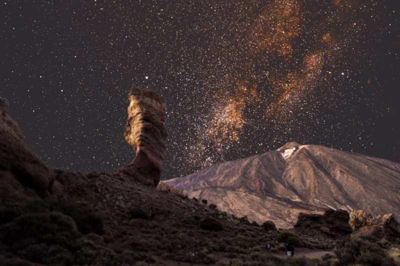 photostudio 15335692644595647446637883205027 - Tres propuestas mágicas para ver la lluvia de estrellas de Las Perseidas