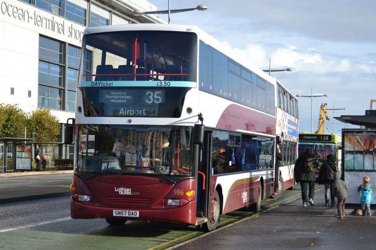 Autobús urbano diurno