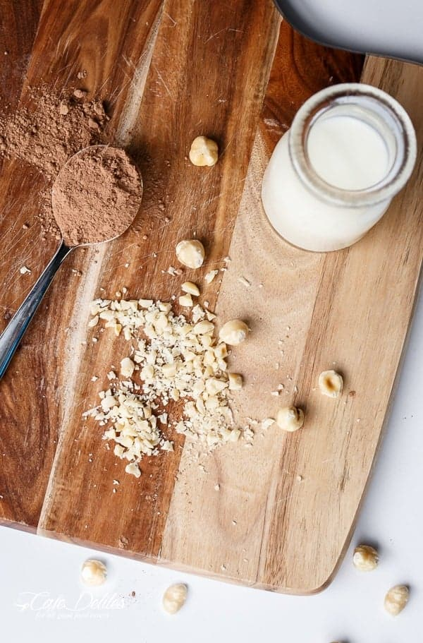 Healthier Nutella Oats | https://cafedelites.com