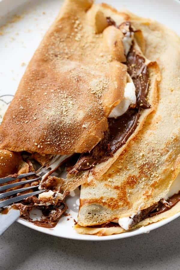 Nutella S'mores Crepes https://cafedelites.com