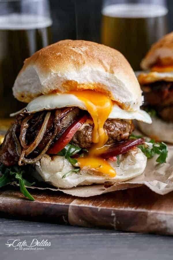 Drunken Aussie Beef Burgers   http://cafedleites.com