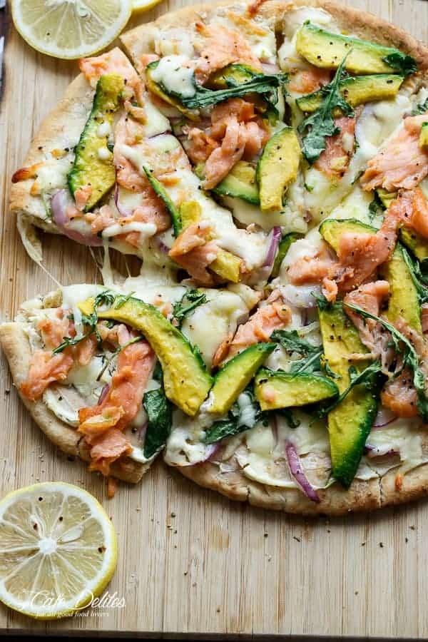 Smoked Salmon and Avocado Pizza | https://cafedelites.com