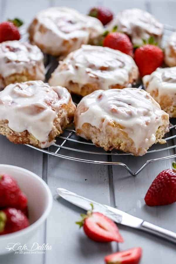 No Yeast Strawberries And Cream Cinnamon Rolls | http://cafedelites.com