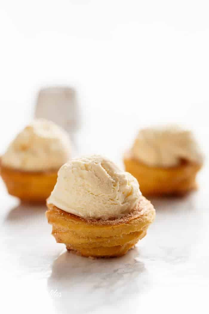 Churro Ice Cream Bowls (Cups) | https://cafedelites.com