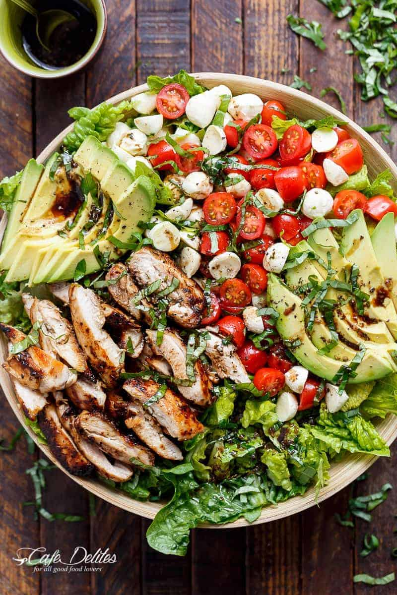 Balsamic Chicken Avocado Caprese Salad | https://cafedelites.com