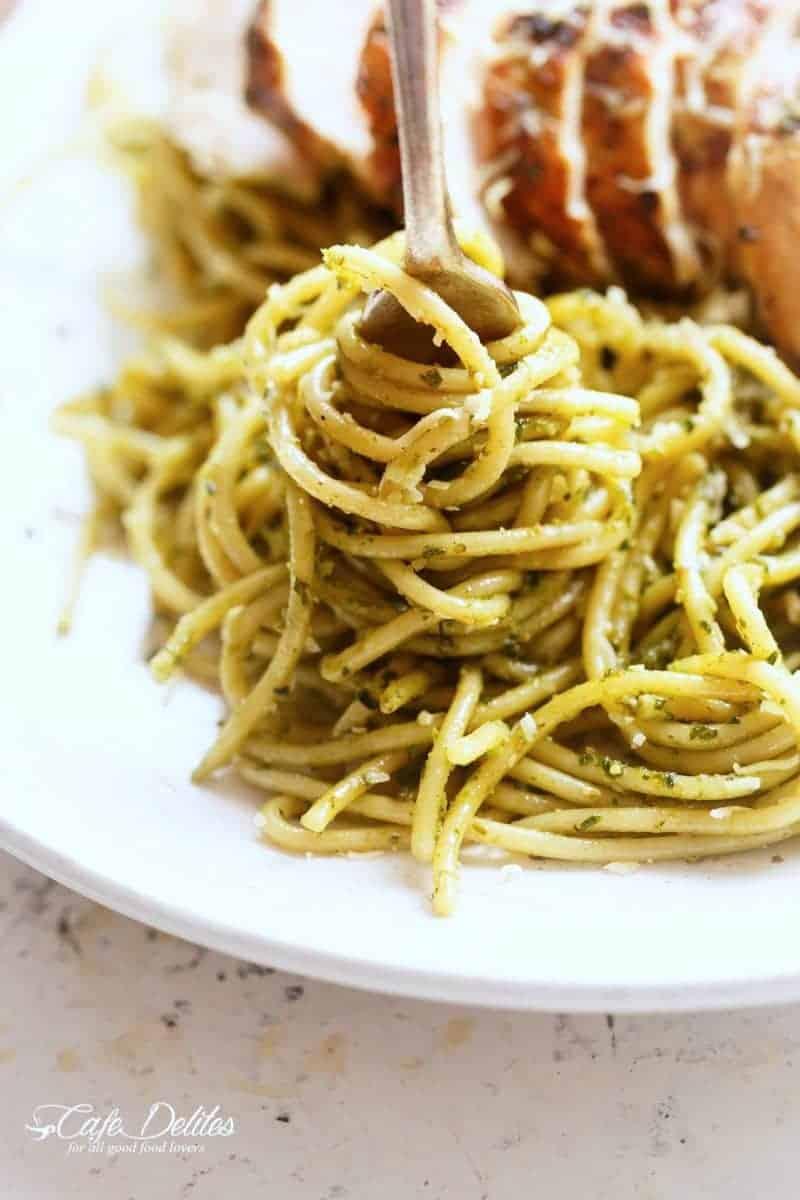 Basil Pesto Chicken Spaghetti | https://cafedelites.com