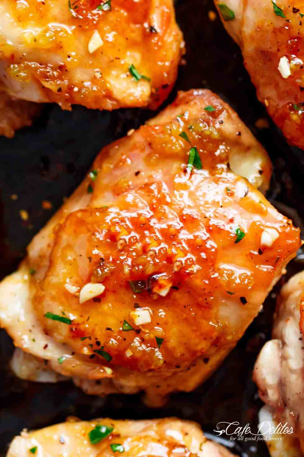 Sticky and Easy Honey Garlic Chicken recipe with a 5-ingredient honey garlic sauce | cafedelites.com