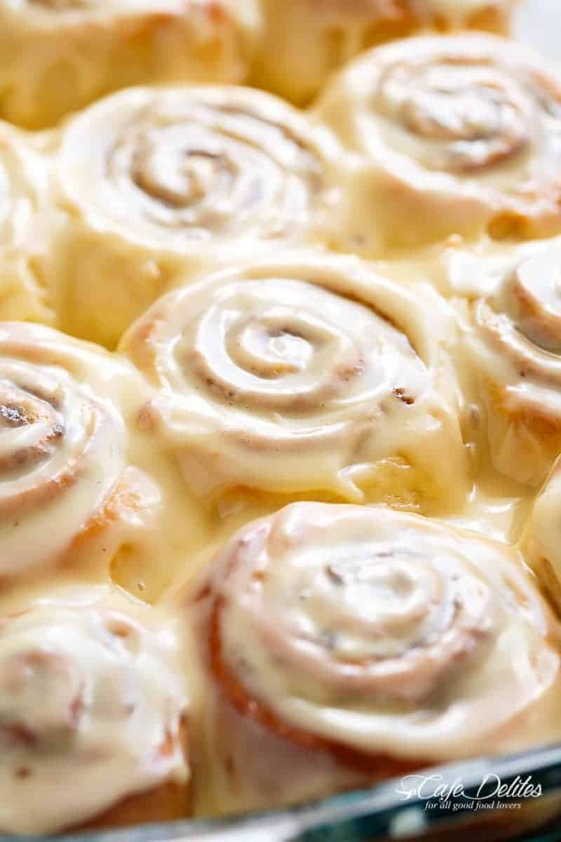 How to cook cinnamon rolls and creamy icing
