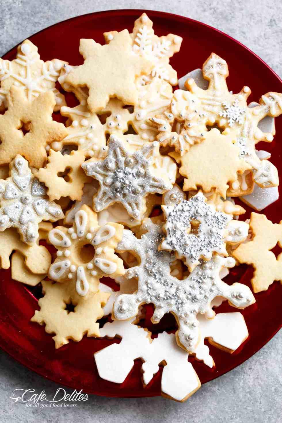 Christmas Sugar Cookies Recipe   cafedelites.com