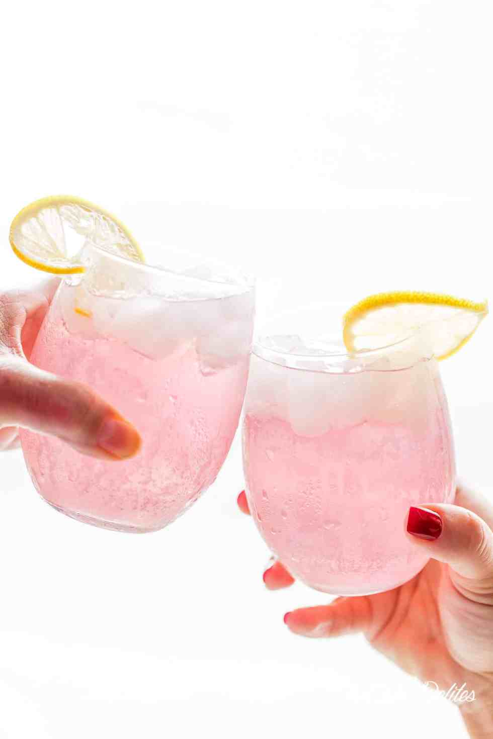 Pink Vodka Lemonade | cafedelites.com