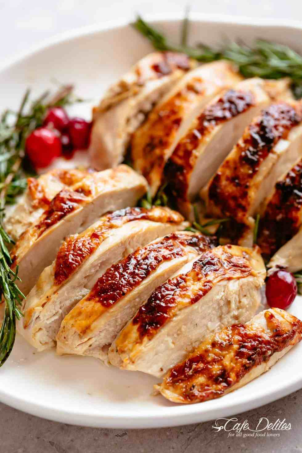 Thanksgiving Roast Turkey with a golden, buttery skin! | cafedelites.com