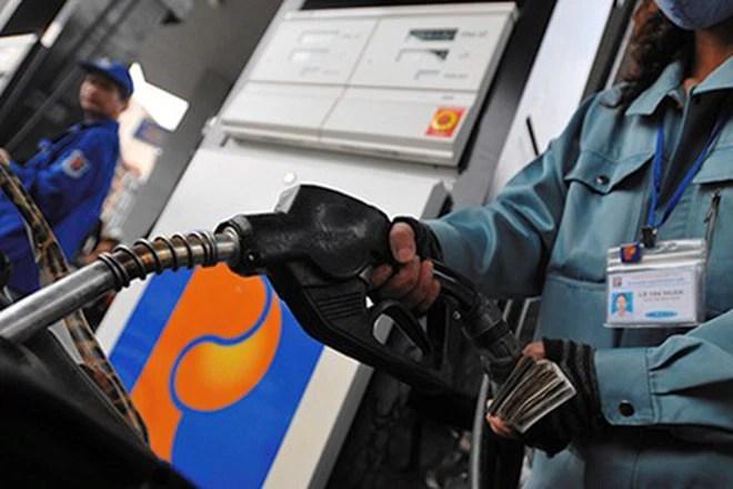 Từ 15h chiều nay (19/6): Giá xăng tăng 275 đồng/lít, đồng loạt giảm giá dầu