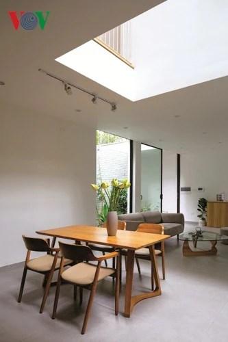 Nhà trong ngõ hẹp vẫn chan hòa ánh sáng - Ảnh 5.