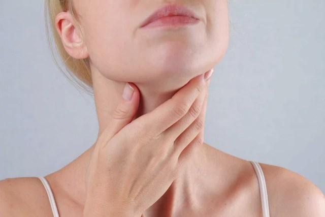 6 dấu hiệu cảnh báo ung thư tuyến giáp mà nhiều người thường hay bỏ qua - Ảnh 6.