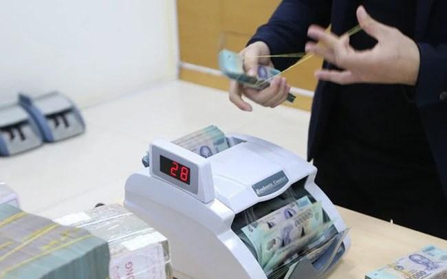 Ngân hàng Nhà nước tiếp tục bơm ròng, lãi suất liên ngân hàng chững lại