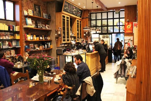 alman kitabevi cafe istanbul