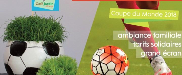 Coupe du Monde: les ballons poussent au Café Jardin