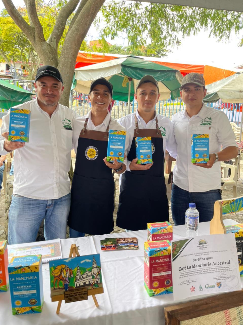 Segundo puesto en la Feria de Café de Altura de Concordia!