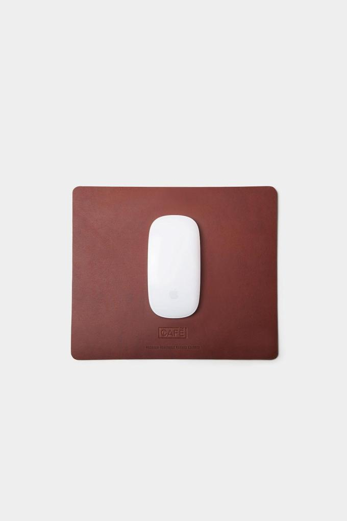 Leather mousepad handcrafted in Spain.