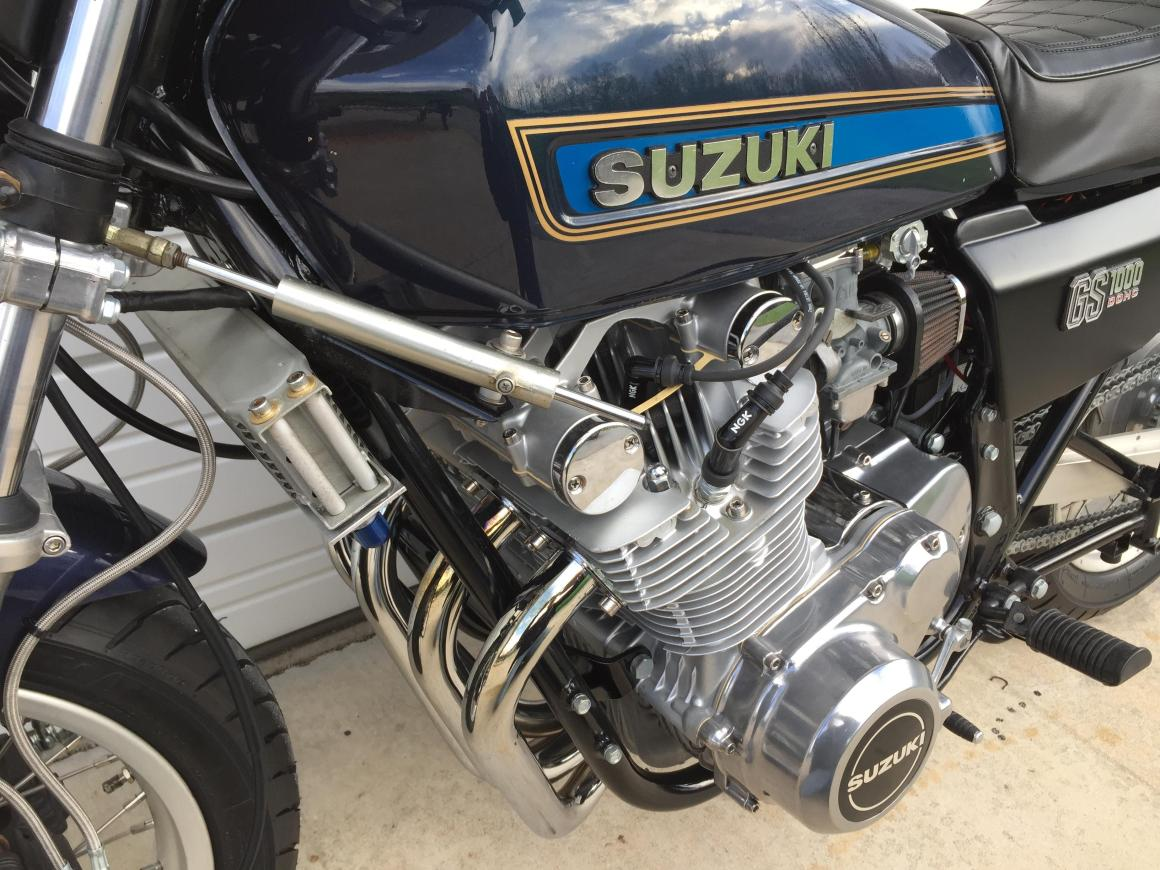 1978 Suzuki GS1000E Left for dead