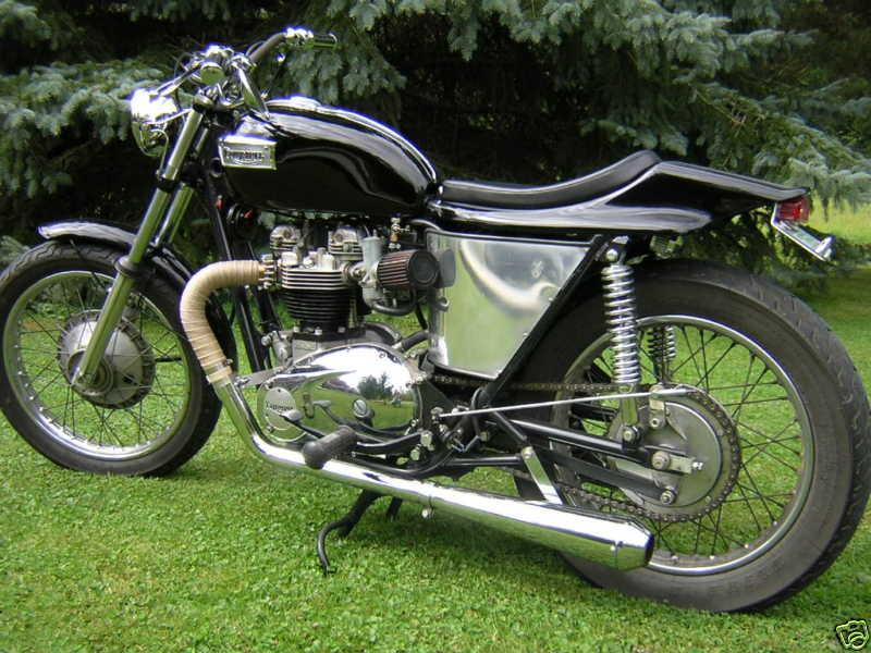 Triumph T120 1971 Street Tracker 01