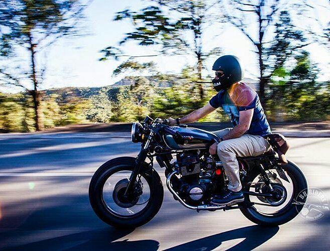 By @bhriders -  @eduardojuniol on the road!!! . #honda #caferacer #caferacers #caferacersofinstagram #caferacersculture #caferacerbuilds #vintage #vintagestyle #vintagefashion #motocycle #moto #motos #motorcycles #oldstyle #oldschool #bratstyle #motorbike #motor #helmet