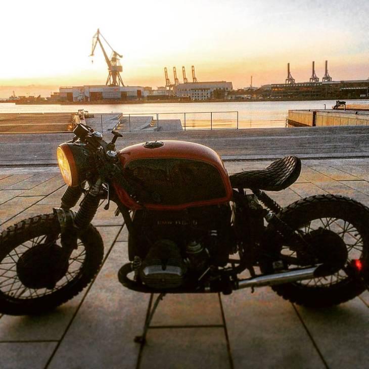 By @witting_motorcycles BMW R60, Aarhus Harbour