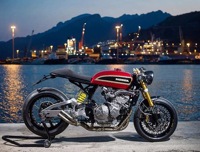 Honda Cb600f special cafe racer by @aesse