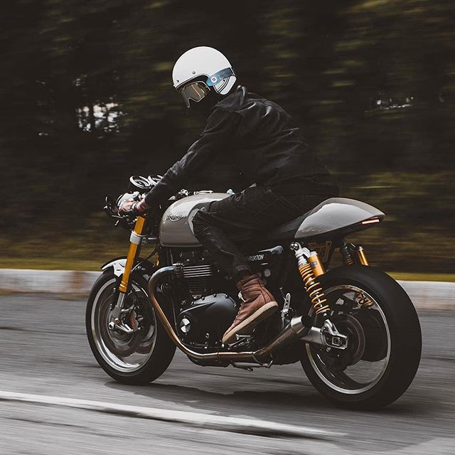 By @thruxtonboys Two Wheels. Triumph. Thruxton R. Thrilling