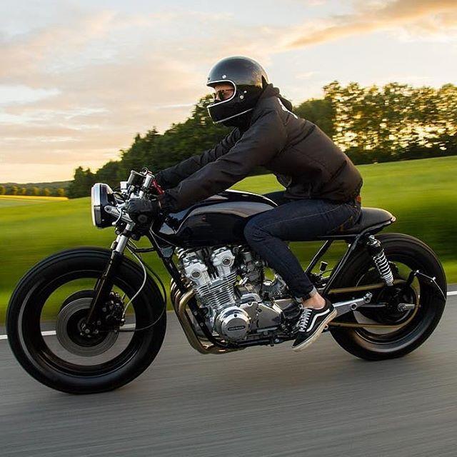@tobcar on his Honda CB 750 : @johaneibler