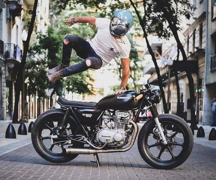 @decastrokevin and his Kawasaki KZ400 📷: @tomen.s