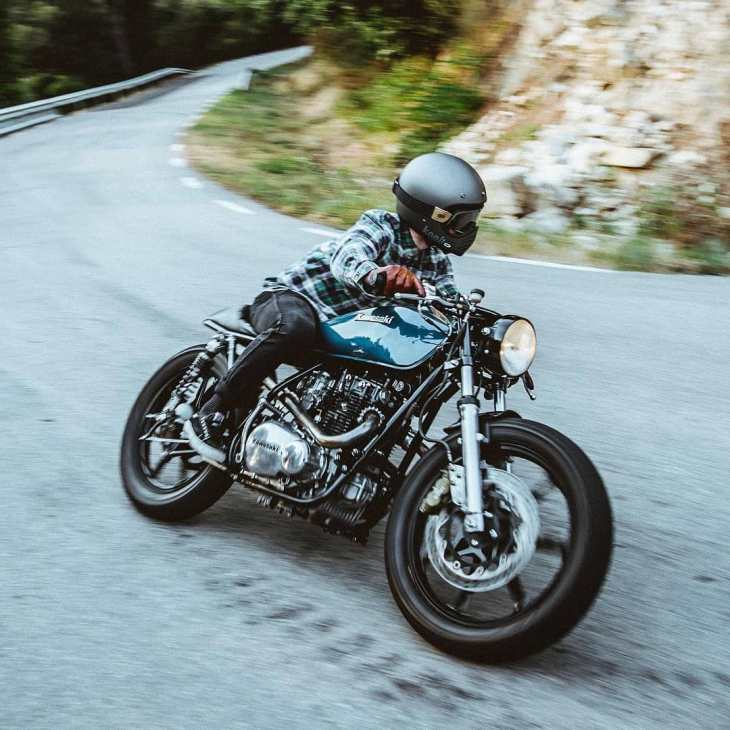 @lntstefan on his Kawasaki KZ400  by @livelike_javi_thewho
