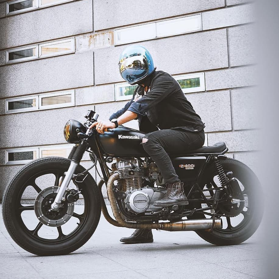 @tomen.s on a Kawasaki KZ400
