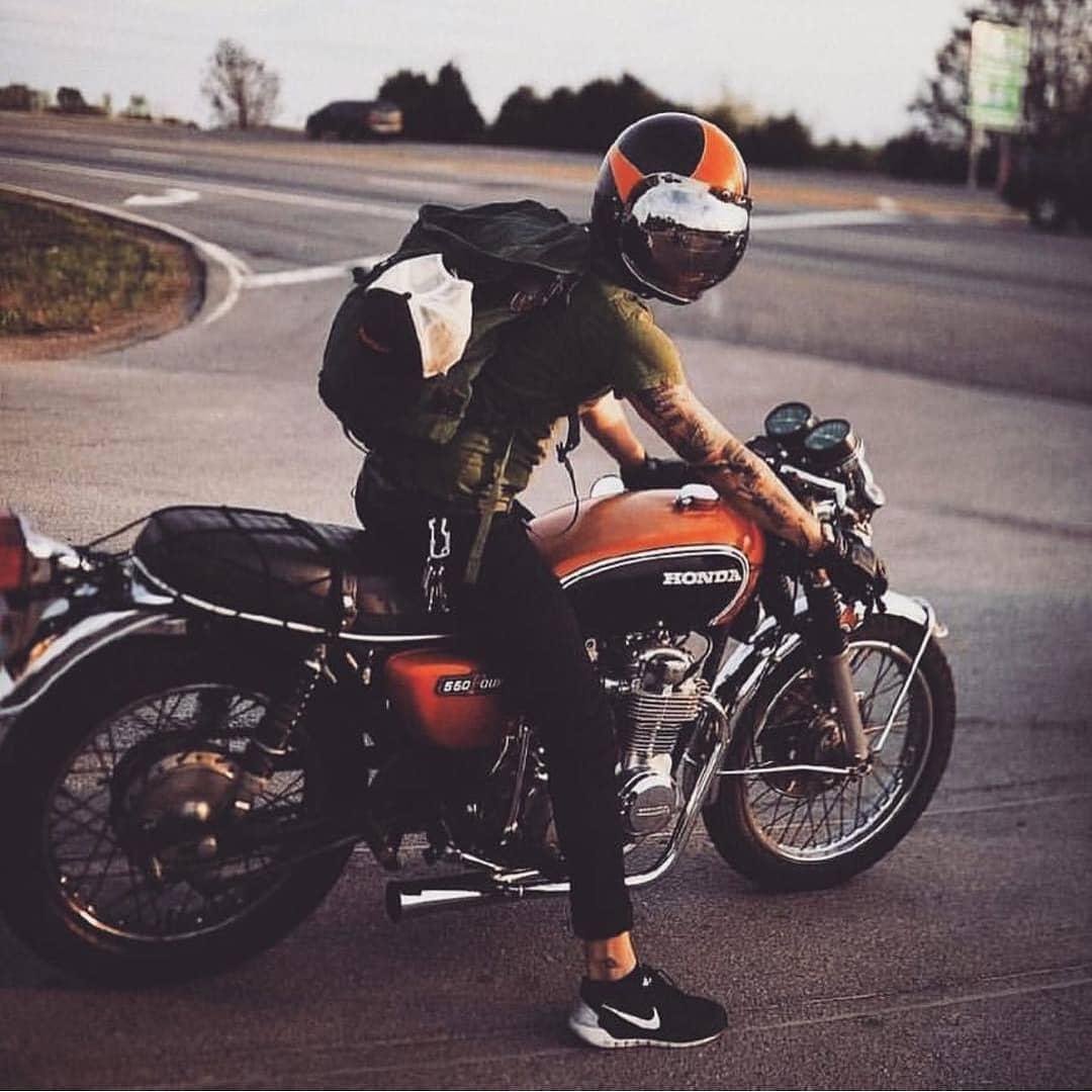 Honda CB550 by @lindseygracewhiddon