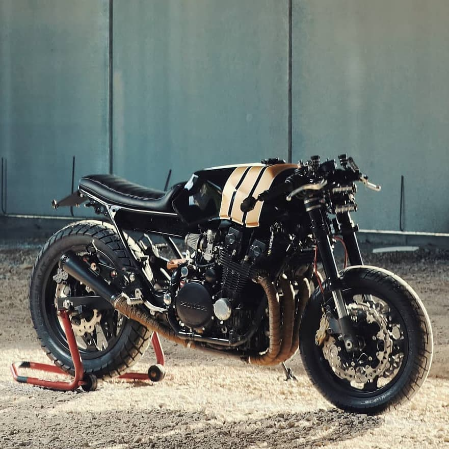 1984 Honda Cbx 750 🛠️ Designer and Project Manager @francesco_paura 🛠️ Custom Workshop @angelolowcaliendo 👹 Owner @ryobluesman