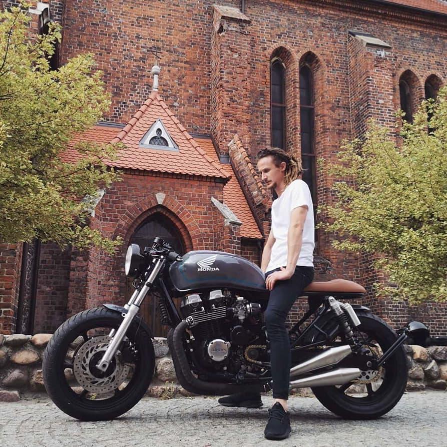 Honda CB750 by @moto.technology 📷 @krzysztofm27