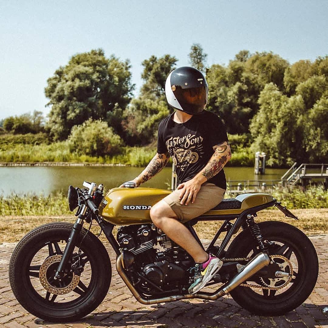 Honda CB750 by @arjanvandenboom