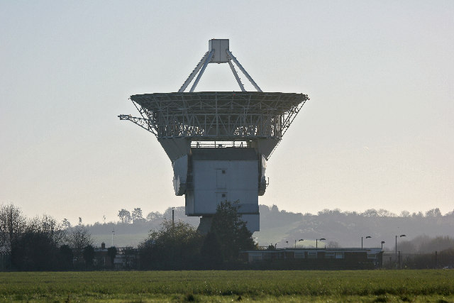 Chilbolton Radio Telescope © Anonymous 4452