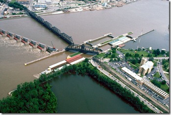 Mississippi River Lock and Dam #15